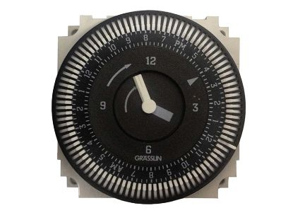 TIME CLOCK: 110V, SPDT, 15AMP, 60HZ, 24 HOUR, 5 LUG FM/1 STUZ-120