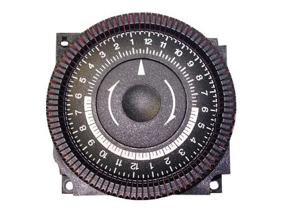 TIME CLOCK: 220V, SPDT, 24 HOUR, 4 LUG TA4074